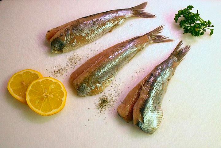 К чему снится рыба селедка женщине