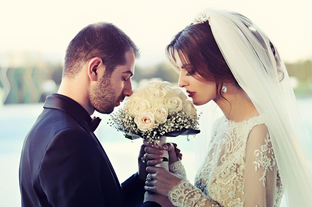 Достоверное гадание по руке, сколько у вас будет браков