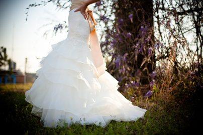 К чему снится свадебное платье незамужней девушке, замужней женщине, беременной, мужчине – значение сна по сонникам