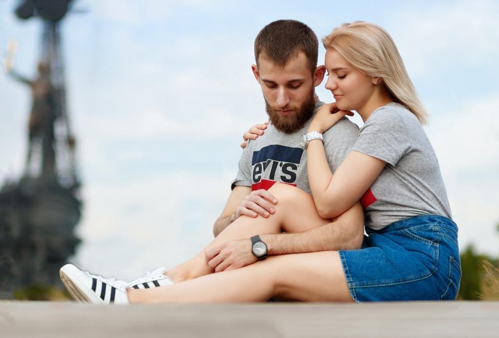 Как влюбить парня в себя если есть у него девушка