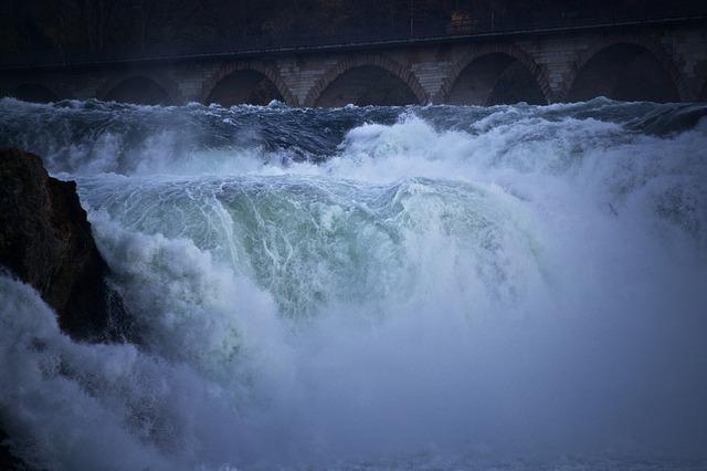 К чему снится наводнение много воды